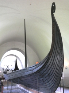 15 Oslo 3 1100-year-old Viking ship