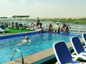 Cooling off on the top deck...