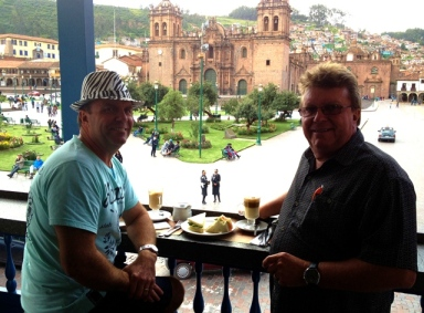 10 Cuzco01 John Wayne hits town