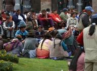 10 Cuzco02 sit-down protest