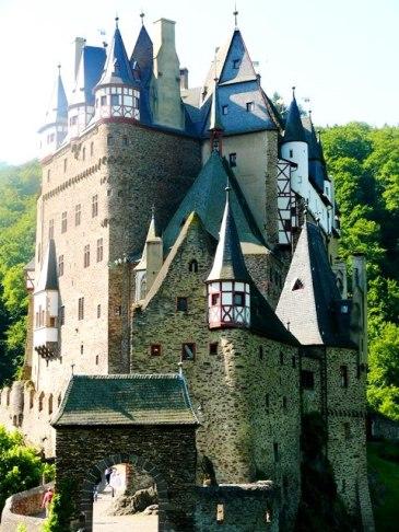 07-07 Castle Eltz