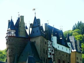 07-12 Castle Eltz