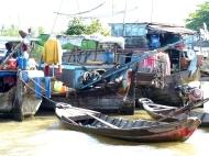 blog6 02 Mekong Boat Show