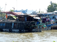 blog6 04 Mekong Boat Show