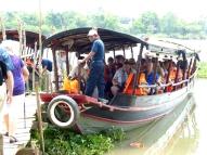 blog6 08 Mekong Boat Show