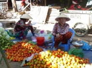 blog6 14 shopping on the Mekong