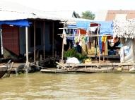 blog8 17 floating village