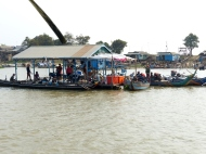 blog8 25 floating village