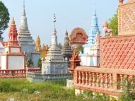 blog8 29 dusty village life-pagodas