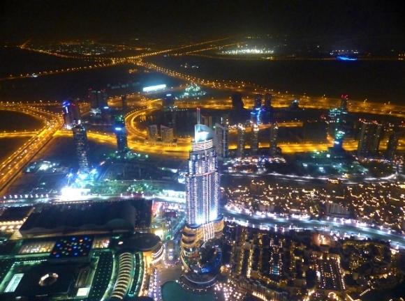 blog9-28 Dubai at night