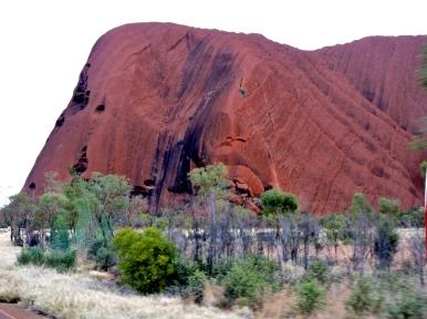 03d Uluru close up20