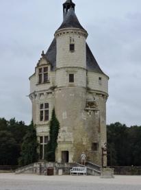 05-34-chateau-de-chenonceau-761x1024