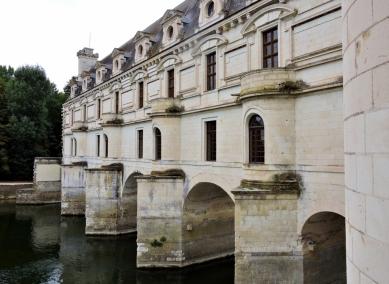 05-37-chateau-de-chenonceau-1024x749