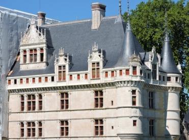 05-73-chateau-azay-le-rideau-1024x761