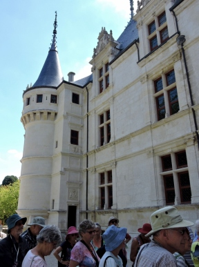 05-75-chateau-azay-le-rideau-761x1024