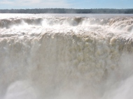 08-14 Iguazu - the Devil's Throat (800x600)