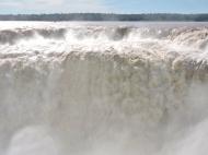 08-14 Iguazu - the Devil's Throat (800x600)