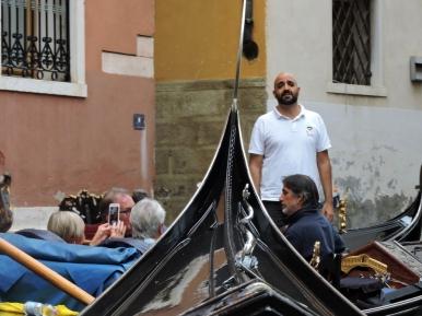 04-24 Venice-Gondola Serenade (1024x768)