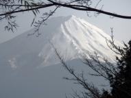 03-09 Nagano - hazy Mt Fuji (1024x768)