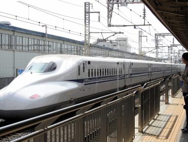 03-17 bullet train to Osaka (1024x772)