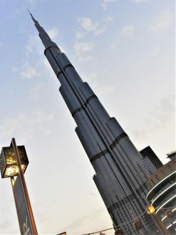01-02 Dubai-Burj Khalifa (768x1024)