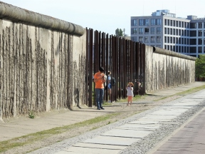 02-37 Berlin-remains of the Berlin Wall (1024x768)