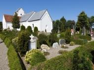 06-17 Arhus-old church & cemetery en route (1024x768)